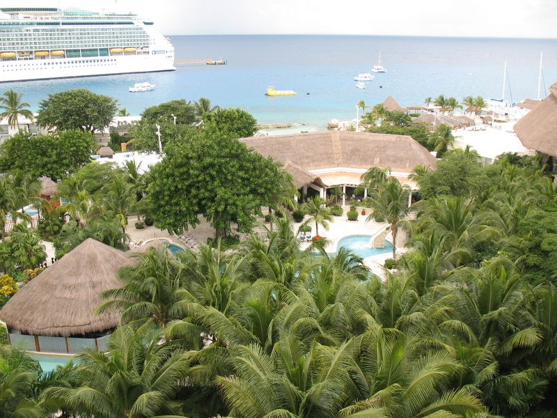 Cruises to Ocho Rios, Grand Caymn and Cozumel 410