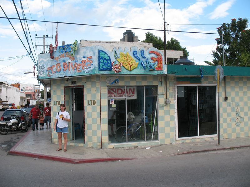 Eco Dovers storefront in San Miguel Cozumel