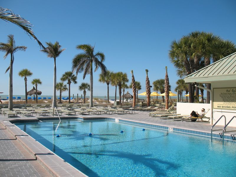 St Pete Hotels Jan 27 2011 Sirata beachside pool