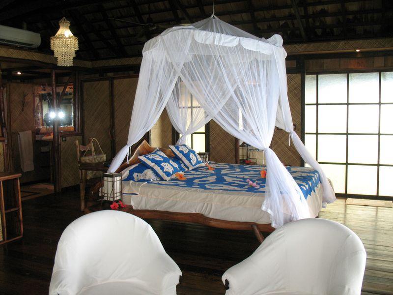 Vahine Island resort premium bungalow 2