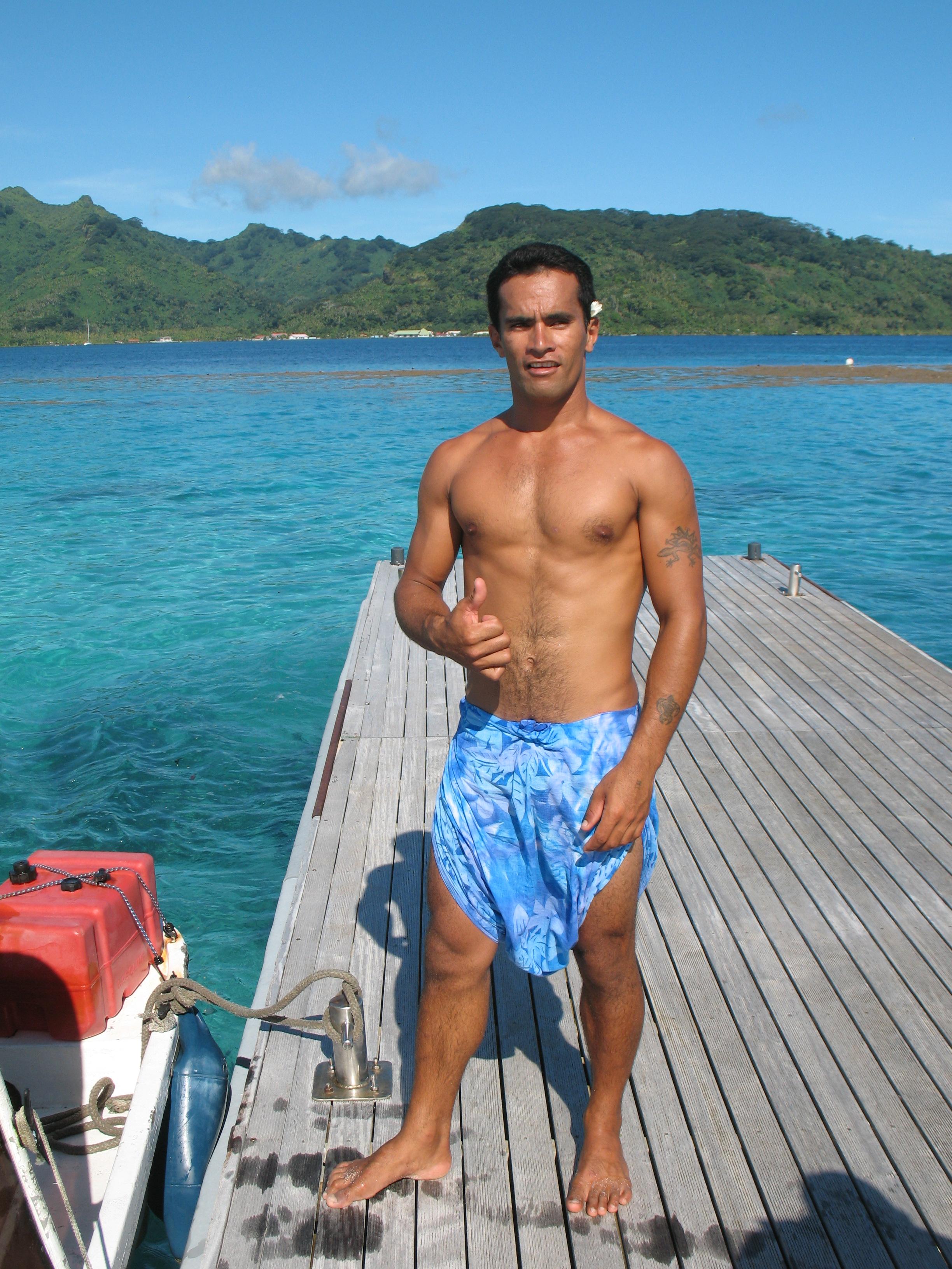 Sexy polynesian guys