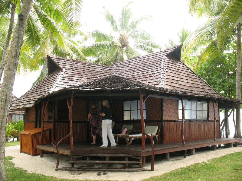 Vahine Island resort premuim bungalow